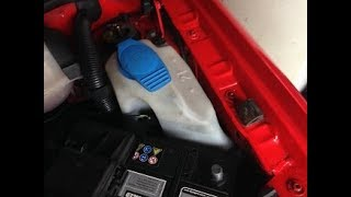 VW Polo: Windscreen Washer Bottle - Dirty - How to Remove, Clean and Install (16v, 1.4, 6N2)