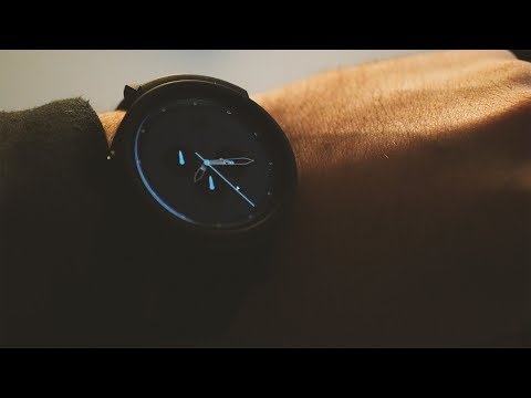 2018's BEST SMARTWATCH - TICWATCH E REVIEW