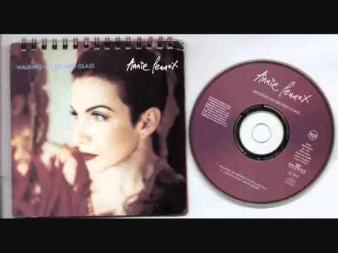 Annie Lennox Walking On Broken Glass (acoustic Version)