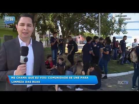 Moradores se unem para limpar ruas do bairro Murta Itajaí