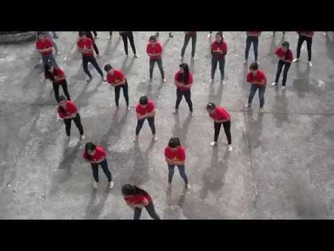 Nhảy dân vũ-Té nước | 12/2 Nguyễn Trãi High school