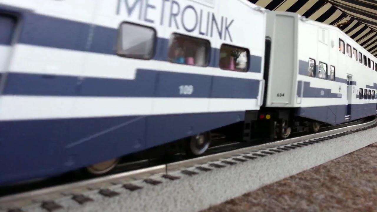 Image Gallery metrolink model