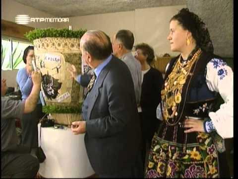 Horizontes da Memória - Rosas em Viana (do Castelo) - 2000
