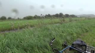 Regenbui met wind tijdens bliksemfotografie (zo. 5 augustus 2012)