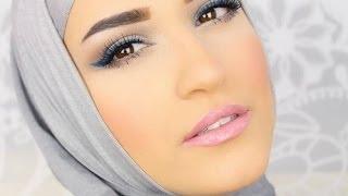 Blue eyeliner tutorial .. كيفيه استخدام الكحل لرسم الايلاينر Thumbnail