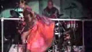 Shock - Patti Labelle Shows Her A s s 2007