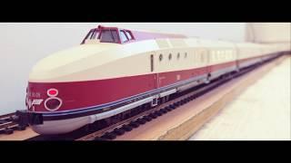 Modellbahn H0 Baureihe VT 18.16 Kato 73319 + 73320 BR VT 18.16 05 + 04 + 03 der DR im Detail
