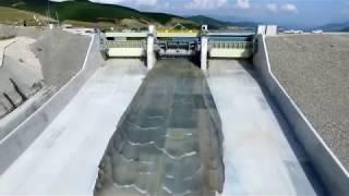 Водосбросы,Аварийный сброс воды на плотинах