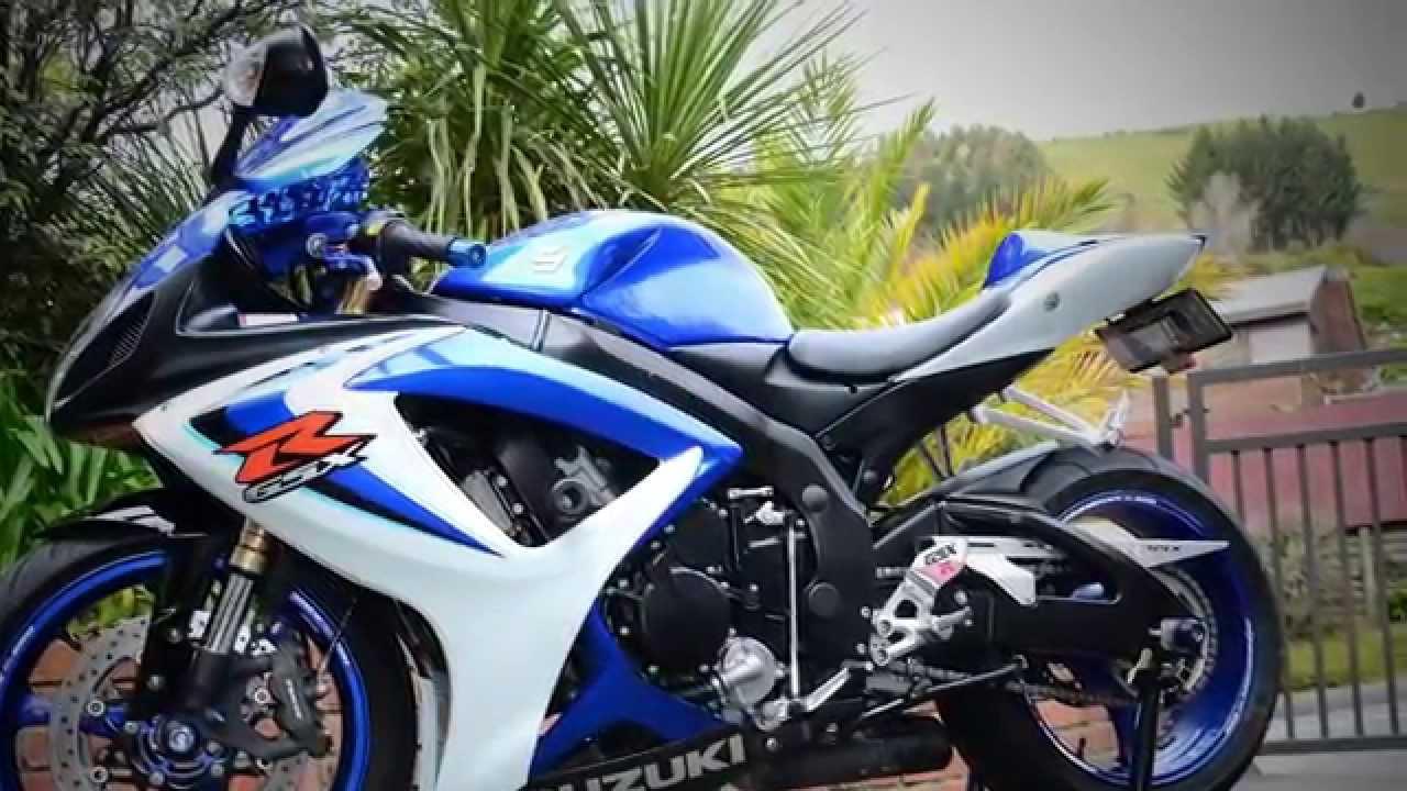 2006 suzuki gsxr 600 in blue and white - YouTube