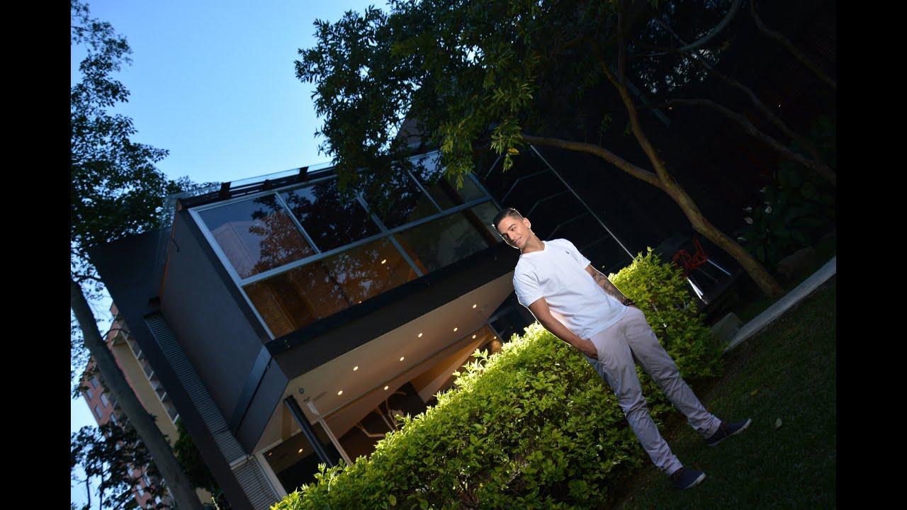 Maluma muestra su casa youtube for Para su casa