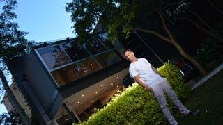 Maluma muestra su casa thumbnail