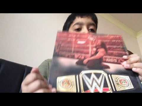 Unboxing And Reviewing WWE Annual 2017 Book