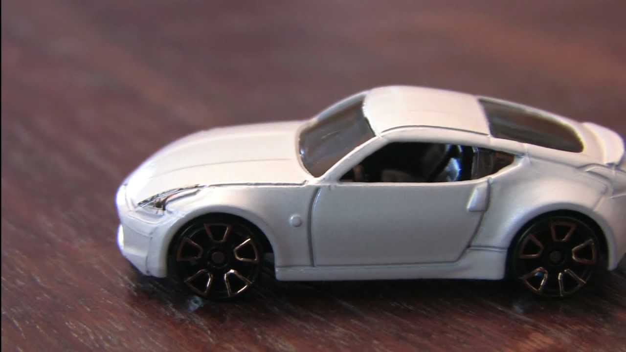 Cgr Garage White Nissan 370z Hot Wheels Review Youtube