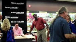 Tim Tebow Hometown Book Signing