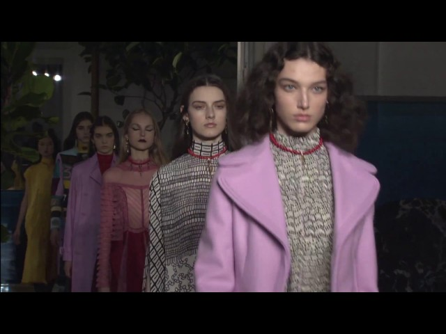 VALENTINO FALL/WINTER 2017-18 COLLECTION