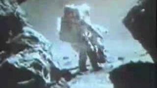 Re: ALIEN SPACESHIP ON THE MOON  flyover bef. landing  3