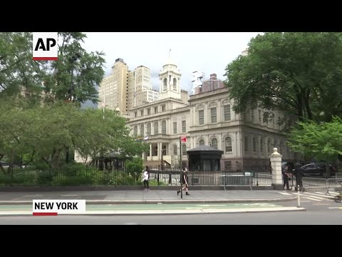 Protesters continue to occupy NY city hall area