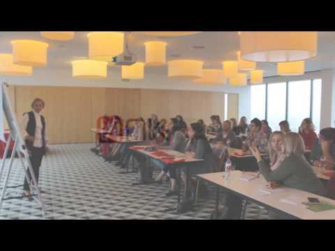 Валентина Митрофанова отвечает на вопросы участников семинара
