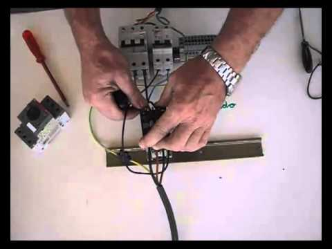 Cómo conectar un contactor (2), conectar relé térmico.