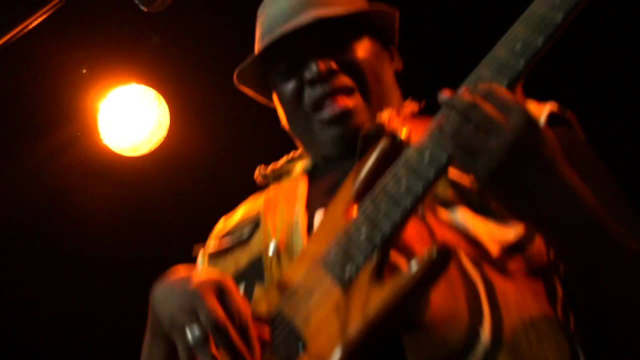 Habib Faye | Jamboo live in Paris | Featuring a killer bass solo