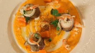 Рулетики из дорадо с тыквенным соусом. Рецепт от шеф-повара.