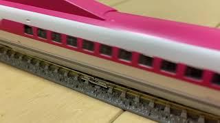 500系ハローキティ新幹線発車
