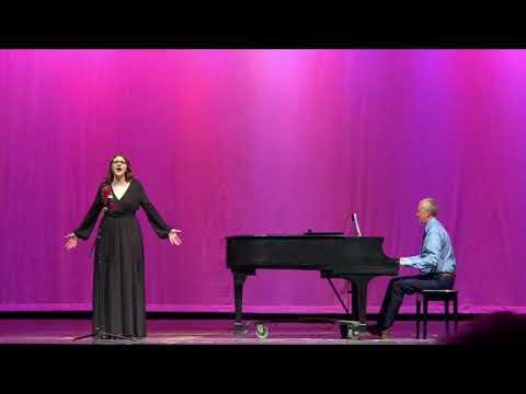 "Jirah Barszcz singing ""Somewhere Over the Rainbow"""