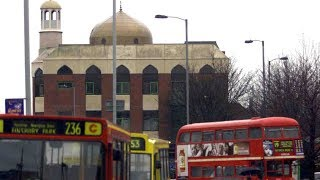 London attack: Vehicle hits pedestrians outside mosque