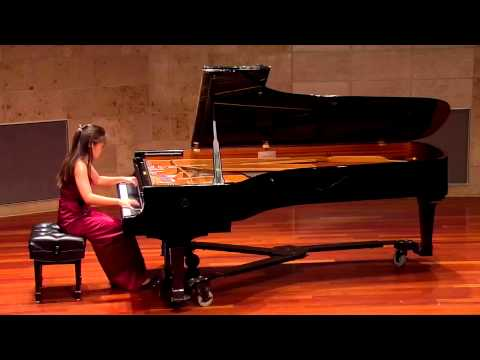 Chopin Etude Op.10 No.5 - Christine Kim