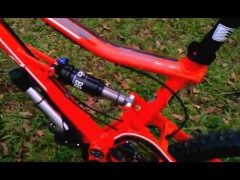 GT sensor 3.0 mountain bike. - YouTube d7e226f5d