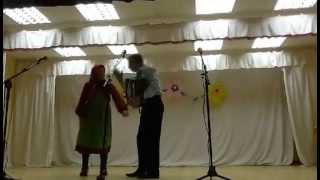 Смешное видео . Удмуртская бабушка танцует шейк.
