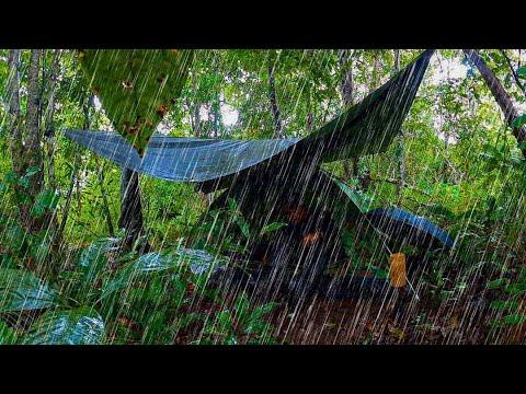 เจอฝนถล่มหนักตอนกางเต็นท์ ต้องกางเต็นท์กลางสายฝนเปียกทั้งตัวเองงานนี้ แถมลมพัดซัดกระหน่ำทั้งคืน