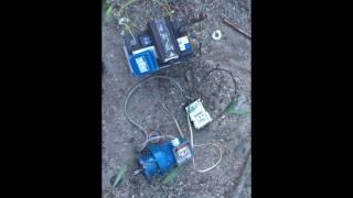 moteur tri 220v sur batterie 12V