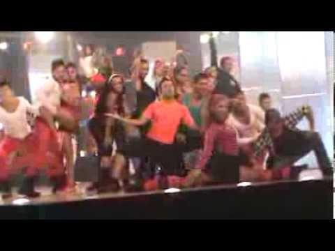Opening baila la noche ^_^