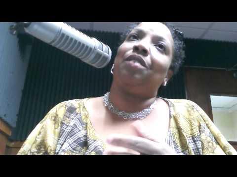 Entrevista de radio en WIAC 740 AM a Yolanda Arroyo Pizarro