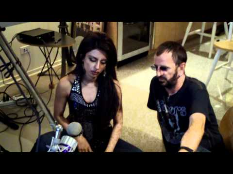 Tina Sugandh teaches The Beatles drummer, Ringo Starr, to play the Indian (tabla) drums!