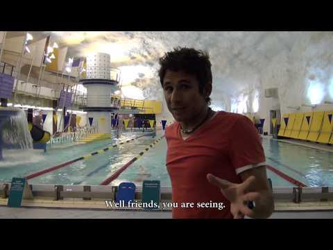 Helsinki, underground city. Helsinki, ciudad subterránea. Itäkeskus Swimming Hall