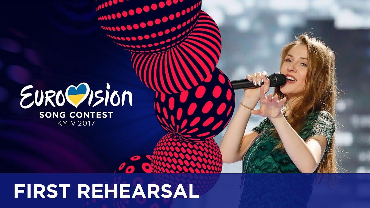 Прва официјална проба на Јана Бурческа на евровизиската сцена