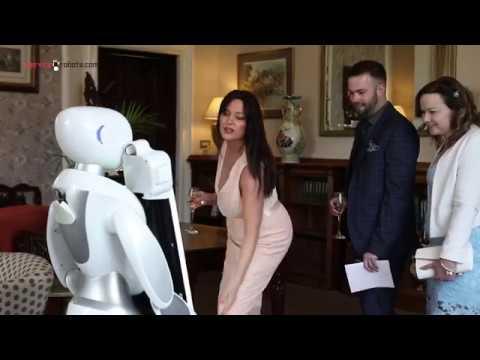 Eva Photography Robot