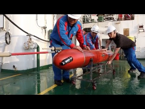 China made Underwater Glider breaks World Record of Dive Depth