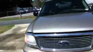 2001 Ford Expedition on 22s