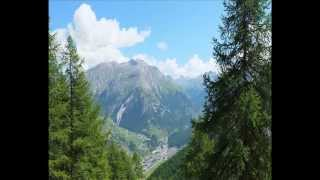 Video Hiking in Gran Paradiso National Park with TREKKING ALPS download MP3, 3GP, MP4, WEBM, AVI, FLV Agustus 2017