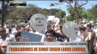 PLANTONES SINAUT SUNAT 12-04-2012 :Trabajadores de SUNAT exigen laudo laboral   willax.tv