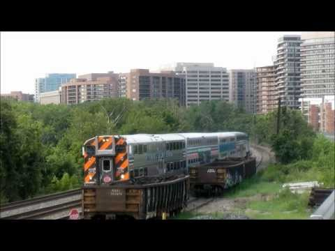 VRE commuter trains with Pullman Standard heritage gallery cars