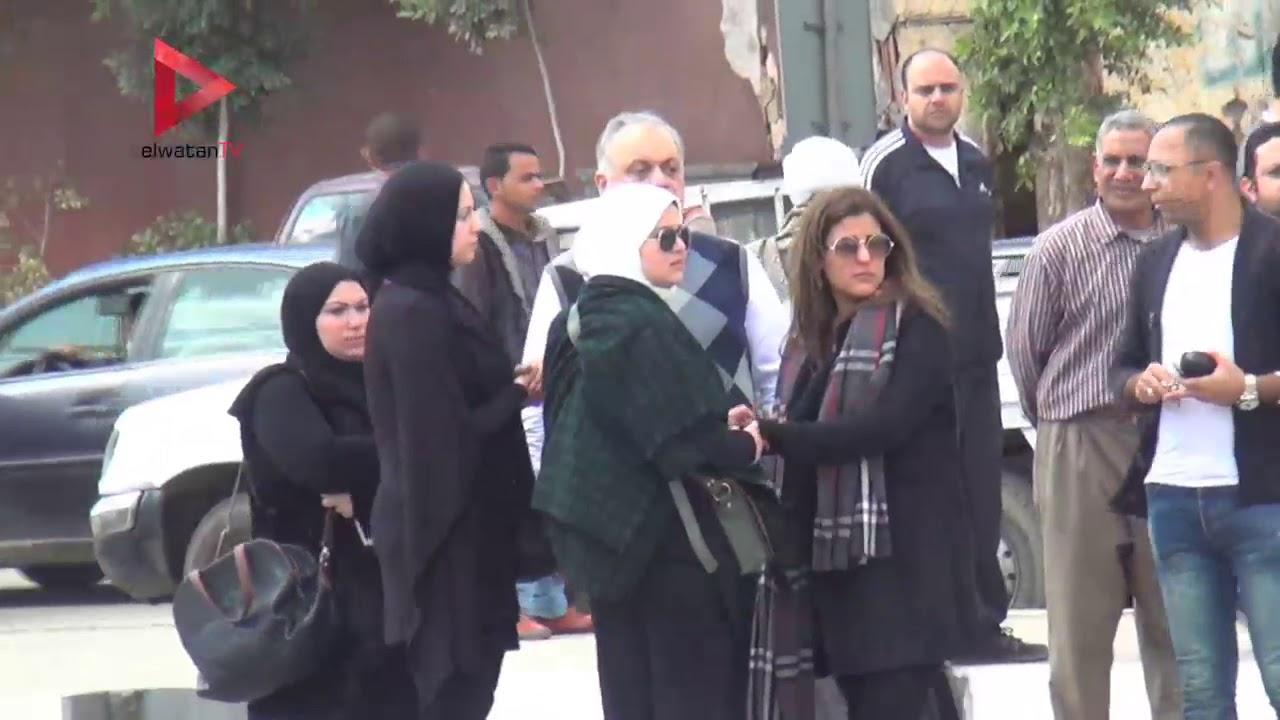 الوطن المصرية:الفيشاوي ومدحت صالح ومحمود حميدة يشيعون جنازة الفنان محمد متولي