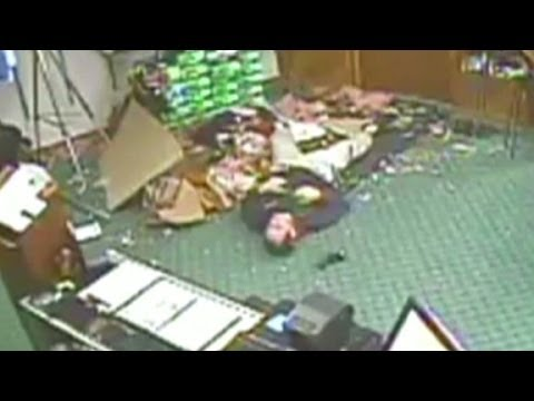 RidicuList: Worker falls through the roof
