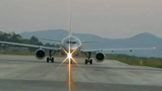corfu airport(, 2009-09-09T18:16:08.000Z)