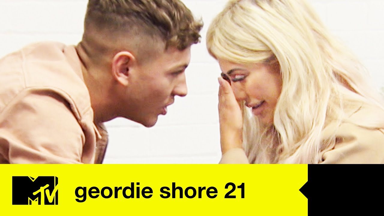 EP #8 CATCH UP: Chloe and Louis' Emosh Goodbyes | Geordie Shore 21