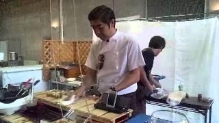 日本全国まんぷく祭りに出店していた鉄板焼「ゆうたろう」にてゆうたろ...