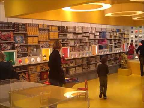 LAwithKids.com visits tha Lego store in Glendale - YouTube